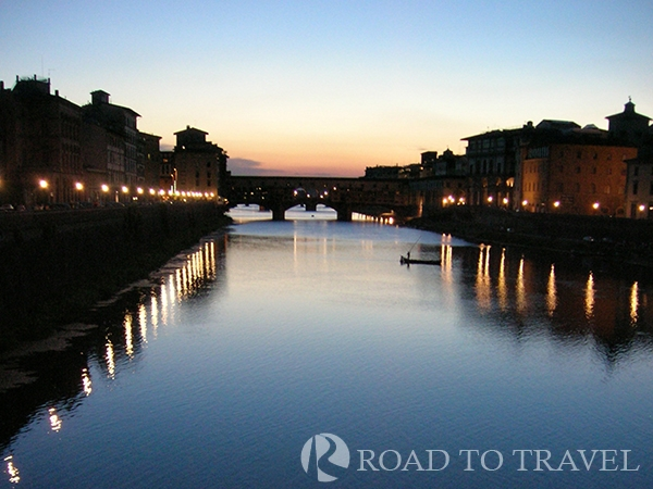 Arno River by night A nice view of Ponte Vecchio and Arno River by night.