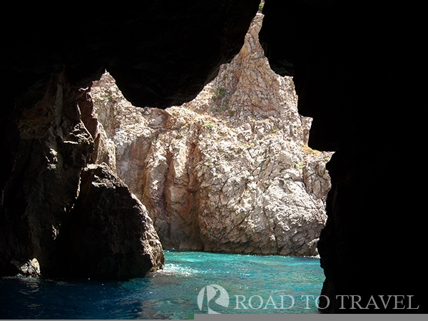 Grotta Sardegna Grotta Sardegna, that takes its name from the shape of its entrace that remember the map of Northern Sardinia.