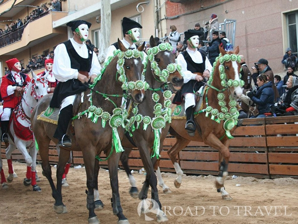 Sa Sartiglia - Oristano Sa Sartiglia which is run on the last Sunday and Tuesday of Carnival in Oristano. It is one of the most<br/> spectacular and choreographic forms of Carnival in Sardinia.