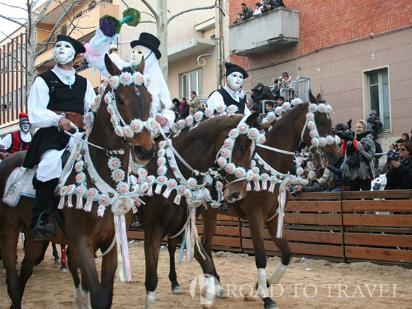 Traditional parade in Oristano - Sardegna The Sartiglia is a race to the ring of medieval origin. The traditions of the Sartiglia <br/> must be traced back to the military games used for training of militias.