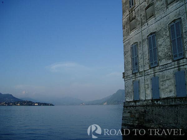 Italy Honeymoon packages: Borromean Islands The Borromean Islands are a group of small islands on Lake Maggiore.